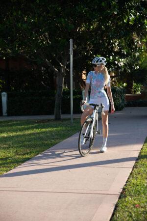 lanafox 215 scaled 300x450 - Short Sleeve Cycling Jersey Blue Paradise